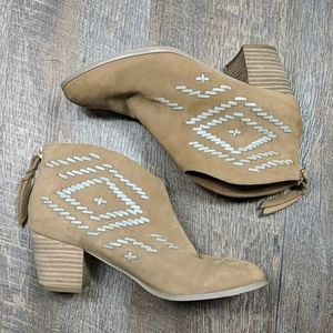 Ankle Boots Zip Back Diamond Cynthia Vincent